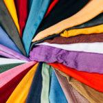 Le foulard en soie, ou l'élégance équitable