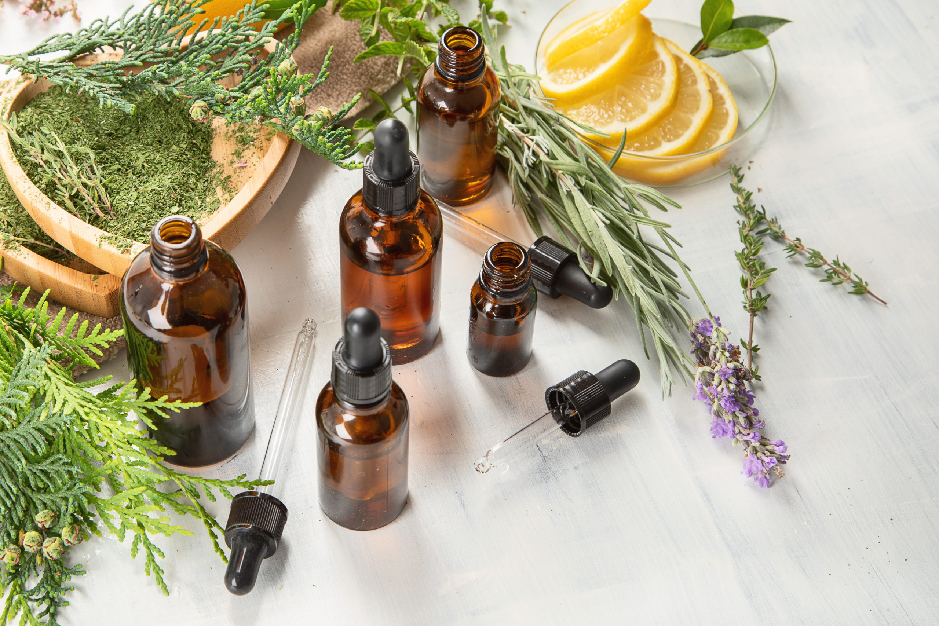 Les huiles essentielles prennent soin de la bouche